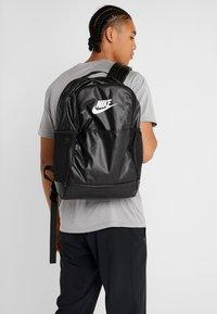 Nike Performance - Reppu - black/white - 1