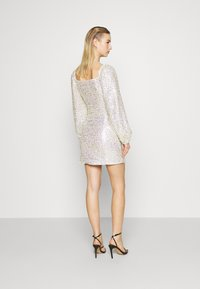 Glamorous - MINI DRESS WITH PUFF LONG SLEEVES - Cocktail dress / Party dress - gold/pink - 2