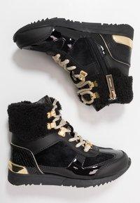 MICHAEL Michael Kors - ZIA ALLIE DONATAS - Höga sneakers - black - 0