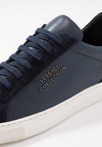 Versace Collection - Sneakersy niskie - dark blue - 5