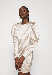 Cras - SPACECRAS DRESS - Sukienka koktajlowa - silver - 3