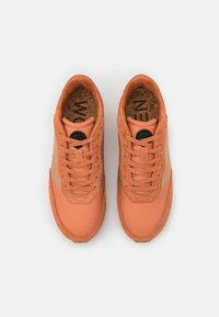 Woden - OLIVIA METALLIC - Trainers - peach - 5