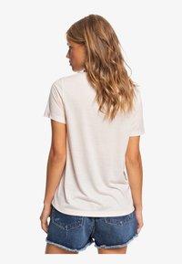 Roxy - ROXY™ CHASING THE SWELL - T-SHIRT FOR WOMEN ERJZT04795 - Print T-shirt - peach blush - 2