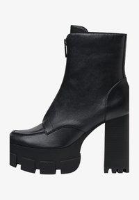 Bershka - Kotníková obuv na vysokém podpatku - black - 1