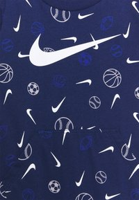 Nike Sportswear - PRINTED ROMPER UNISEX - Jumpsuit - blue void - 2