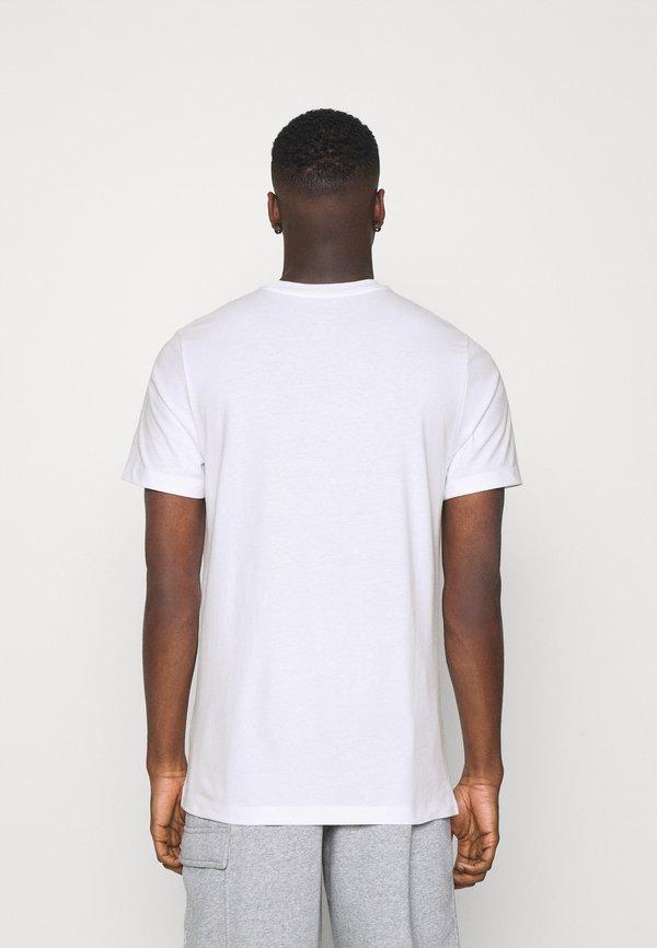 Nike Sportswear TEE MANGA PHOTO - T-shirt z nadrukiem - white/biały Odzież Męska NMCC