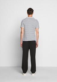 J.CREW - SLUB DECK STRIPE TEE - T-shirt imprimé - mountain white - 2