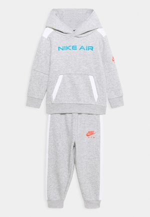 AIR SET - Tracksuit - grey heather