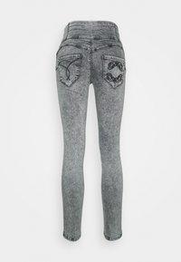Patrizia Pepe - Jeans Skinny Fit - acid grey wash - 1