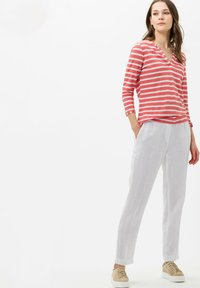 BRAX - STYLE CLAIRE - Long sleeved top - coral - 1