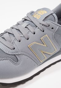 New Balance - GW500 - Sneaker low - grey/gold - 6