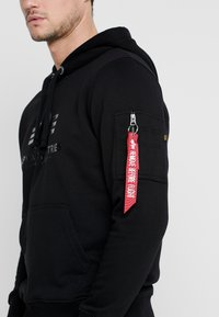 Alpha Industries - Luvtröja - black - 4