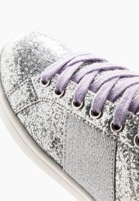 Cotton On - STREET TRAINER - Sneakers - silver glitter - 2