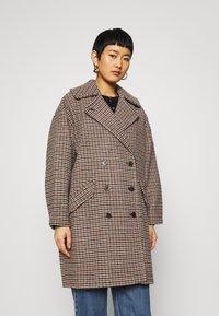 Selected Femme - SLFESSIE COAT - Klassischer Mantel - light grey melange - 0
