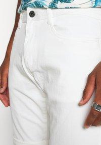 Esprit - Shorts - off-white - 3