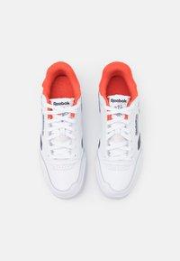 Reebok Classic - CLUB C LEGACY REVENGE  - Sneakers - footwear white/vector navy/dynamic red - 3