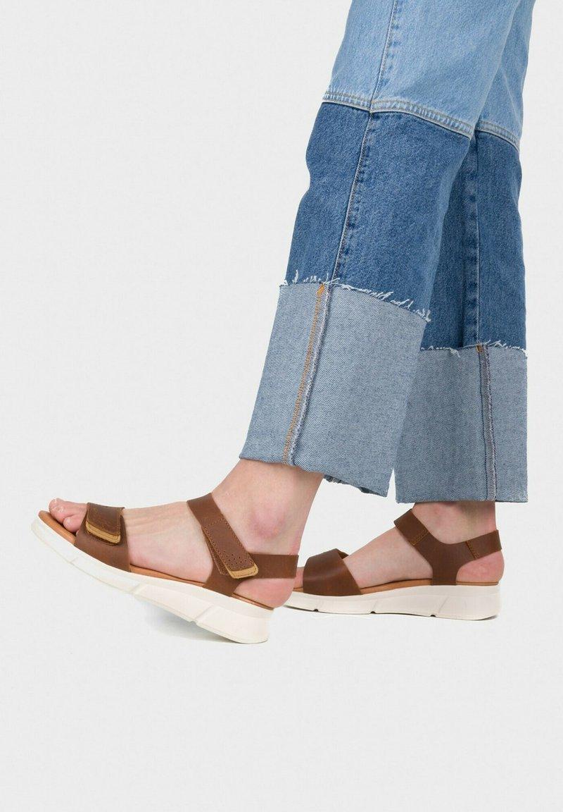 Eva Lopez - Sandals - cuir