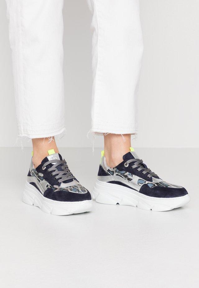 NAVA - Sneaker low - dark blue