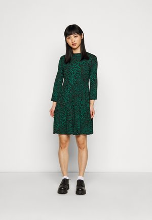 ANIMAL PRINT SMOCK DRESS - Day dress - green