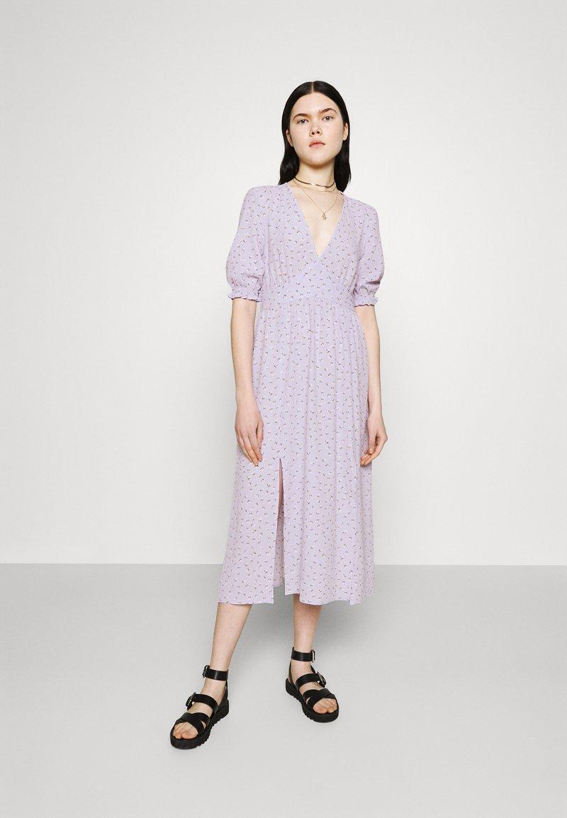 Monki - REESE DRESS - Day dress - lilac