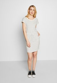 Vero Moda Tall - VMAPRIL SHORT DRESS 2 PACK - Jersey dress - black/snow - 1