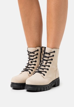 VMEA BOOT WIDE - Lace-up ankle boots - birch