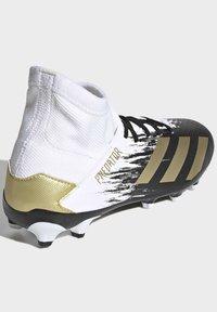 adidas Performance - PREDATOR 20.3 FOOTBALL BOOTS MULTI GROUND - Moulded stud football boots - ftwwht/goldmt/cblack - 3