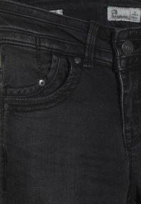 LTB - JULITA - Jeans Skinny - feal wash - 3