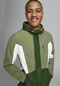 Jack & Jones - Light jacket - deep lichen green - 3