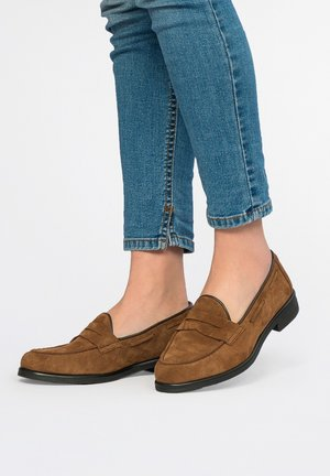 Moccasins - roble