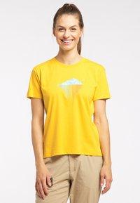 Haglöfs - Print T-shirt - pumpkin yellow - 0