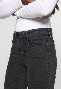 Mavi - ADRIANA - Jeans Skinny - smoke punk - 4