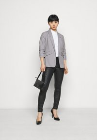 Dorothy Perkins Petite - ROUCHED SLEEVE - Blazer - dark grey - 1