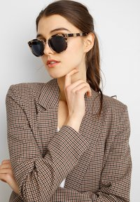 A.Kjærbede - Sunglasses - light brown - 1