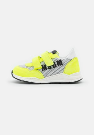UNISEX - Sneakers laag - neon yellow