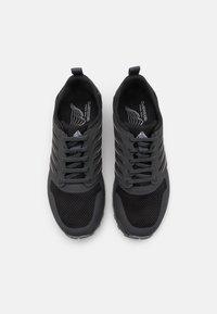 Lowa - VENTO - Zapatillas de senderismo - black - 3