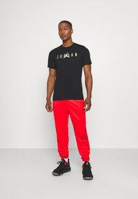 Jordan - CREW - T-shirt con stampa - black - 1