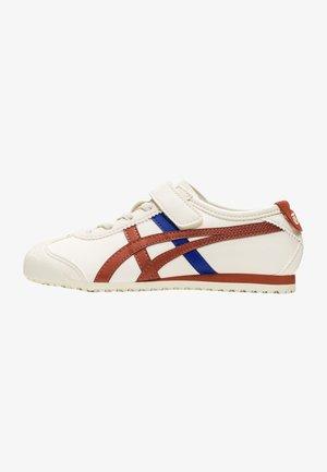 MEXICO  - Sneakersy niskie - birch/rust red