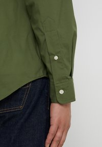 Polo Ralph Lauren - NATURAL SLIM FIT - Overhemd - supply olive - 3