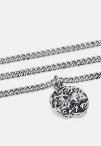 Icon Brand - MOLTEN ROUND PENDANT NECKLACE - Halsband - silver-coloured - 2