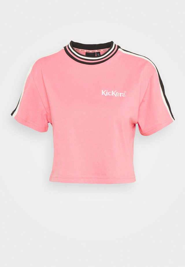 SLEEVE PANEL CROPPED BOY TEE - T-shirt med print - pink