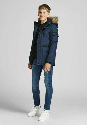 Talvitakki - navy blazer