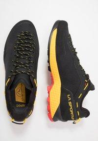 La Sportiva - TX GUIDE - Climbing shoes - black/yellow - 1