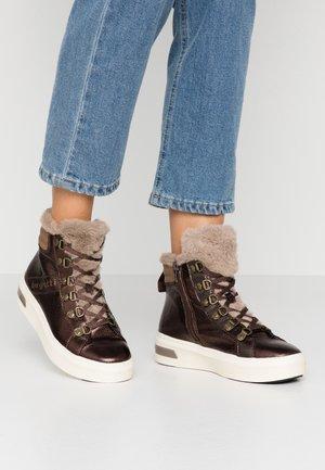 MILKA - Platform ankle boots - dark brown/taupe