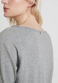 Rich & Royal - HEAVY LONGSLEEVE - Long sleeved top - grey melange - 4