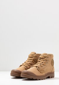 Palladium - PAMPA - Lace-up ankle boots - woodlin - 2