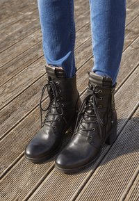 Replay - Cowboy/biker ankle boot - black - 4