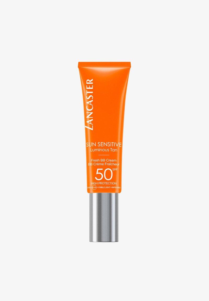 Lancaster Beauty - SUN SENSITIVE BB SUN SPF50  - Sun protection - -
