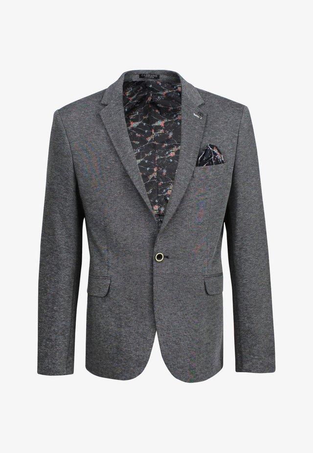 Colbert - grey