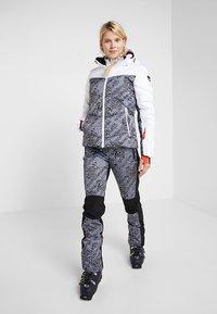Icepeak - ELIZABETH - Skijakke - optic white - 1